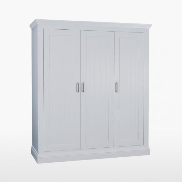 3 uksega riidekapp