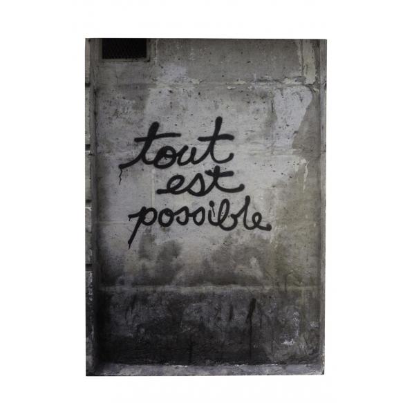 seinakaunistus Tout Est Possible, betoon