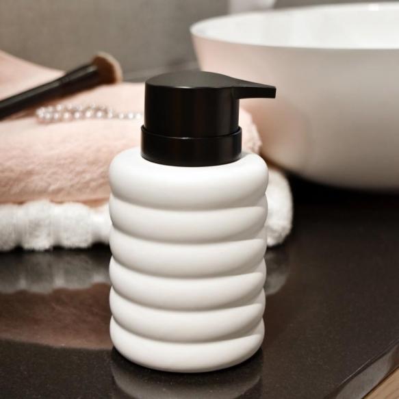 liquid soap dispenser Sarah, white