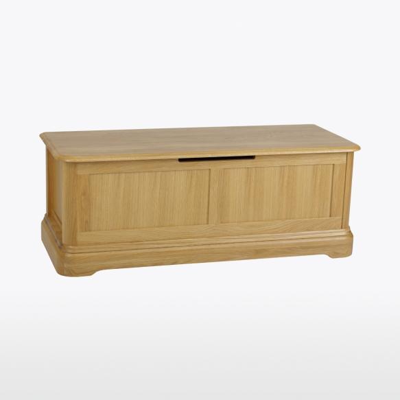 Ottoman with sliding box