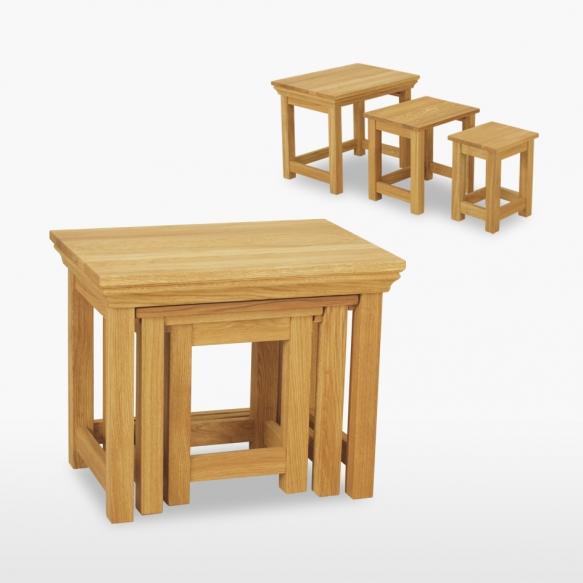 kolm üksteise sisse käivat lauda