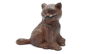 Rauast dekoratiivne kass