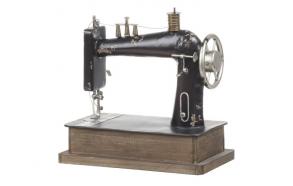 Dekoratiivne metallist õmblusmasin