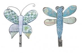 Metallist kiili või liblikaga nagi