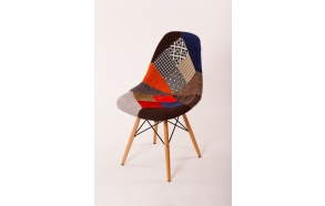 tool Alexis, patchwork kangas, pöök jalad
