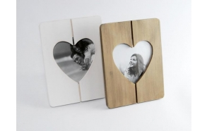 Photo frame  Heart, wooden, 3 col. assorted 12x14cm