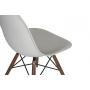 tool Alexis, helehall, pähklipruunid jalad
