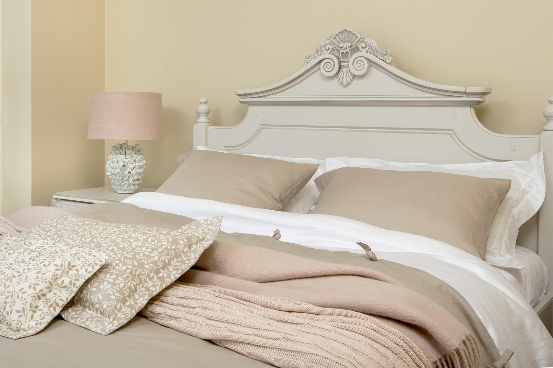 deko furniture. Display: Deko Furniture